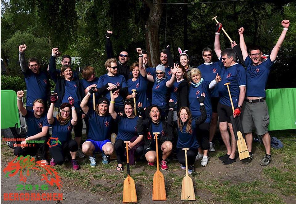 Team der Bergdrachen 2016 beim Drachenbootfestivall in Hannover